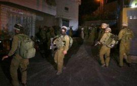قوات الاحتلال تعتقل 17 فلسطينيا بالضفة
