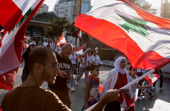 Photo of هدوء حذر ببيروت بعد هجوم على متظاهرين خلّف إصابات