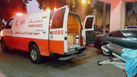 Photo of مصرع سيدة وإصابة 3 بحادث سير ذاتي في الخليل