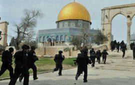 حماس: لعب الاحتلال بالنار في الأقصى سيكون له ردود فعل