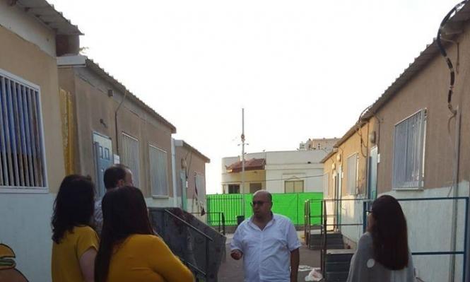 "Photo of احتجاجا على خطورة الغرف المتنقلة على الطلاب… إضراب مفتوح في مدرسة ""بيت الحكمة"" برهط"
