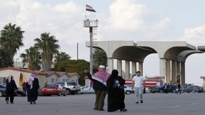 Photo of الفوضى في درعا: ما هو دور أجهزة النظام وإيران وروسيا؟