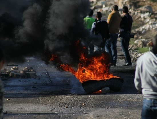 Photo of الشاباك يحذر: الاقتطاع من أموال المقاصة سيقود الاوضاع للانفجار