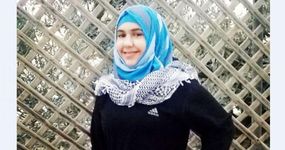 Photo of بعد قضائها 4 سنوات: الأسيرة منار الشويكي حرة