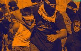 جنود الاحتلال نزعوا ملابسه وتركوه بالعراء.. طفل يروي فظاعة اعتقاله!