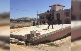 الاحتلال يخطر بوقف البناء في 7 منازل ومجلس قروي جنوب الخليل