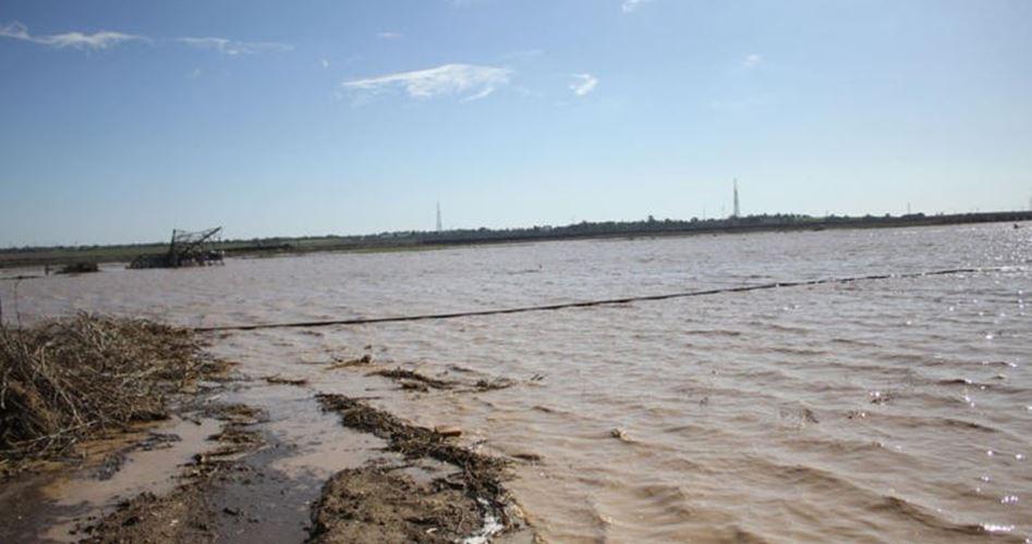 Photo of الاحتلال يواصل فتح سدود المياه لإغراق الأراضي شرق غزة