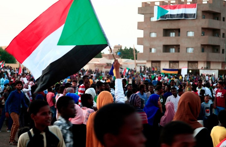 """إلى أين يتجه السودان بعد فشل """"تمرد"""" المخابرات؟"""