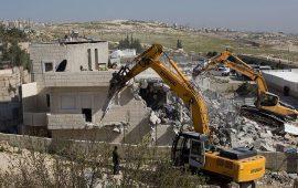 الاحتلال يخطر بهدم وإخلاء منازل في جنين والقدس