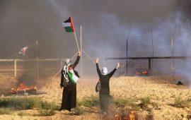 غزة تلوح بتبكير استئناف مسيرات العودة