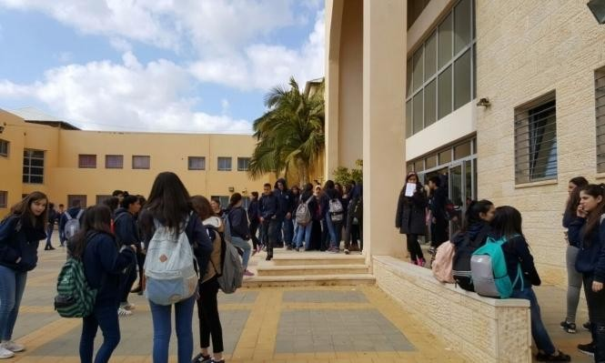 Photo of معطيات مقلقة حول ضعف تسرب الطلاب العرب من المدارس عن اليهود