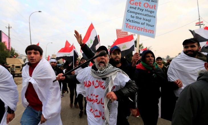انطلاق مظاهرات شعبية كبرى في بغداد للمطالبة بإخراج القوات الأمريكية والأجنبية من العراق
