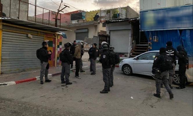 Photo of الشرطة تعتقل 13 عاملا من الضفة في وادي عارة بحجة دخول البلاد دون تصاريح