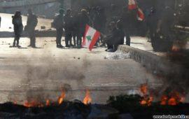 انتفاضة لبنان تستعيد نبضها: أسبوع غضب وقطع طرقات