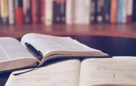 منها كتب عربية.. 10 مواقع لقراءة الكتب المجانية على الإنترنت بطريقة قانونية