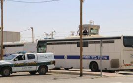 """قوات إسرائيلية تقتحم """"ريمون"""" وتنقل ثلاثة أسرى لجهة مجهولة"""