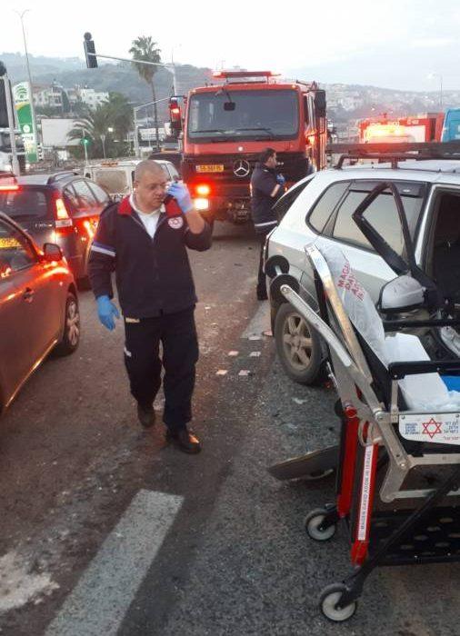 إصابات في حادثي طرق قرب أم الفحم وابطن