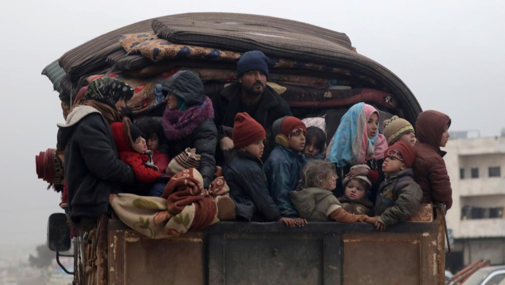 خلال 4 أيام.. 142 ألف نازح شمال غربي سوريا