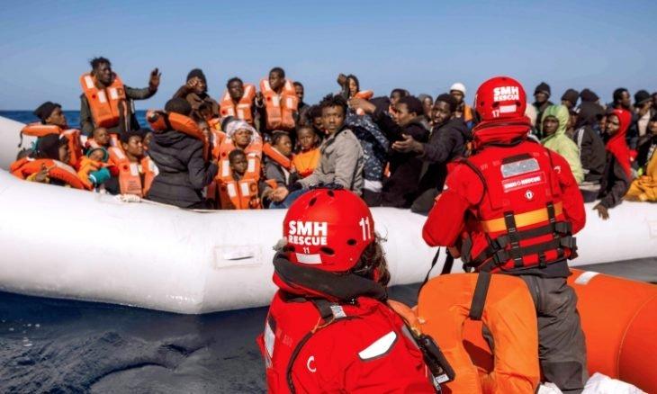 Photo of دايلي تلغراف: مهاجرون أفارقة يفرون من بلدهم للعمل في أوروبا… ينتهي بهم المطاف في جحيم ليبيا