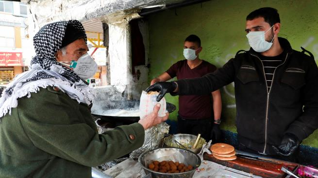 تكافل فلسطيني لإغاثة متضرري كورونا