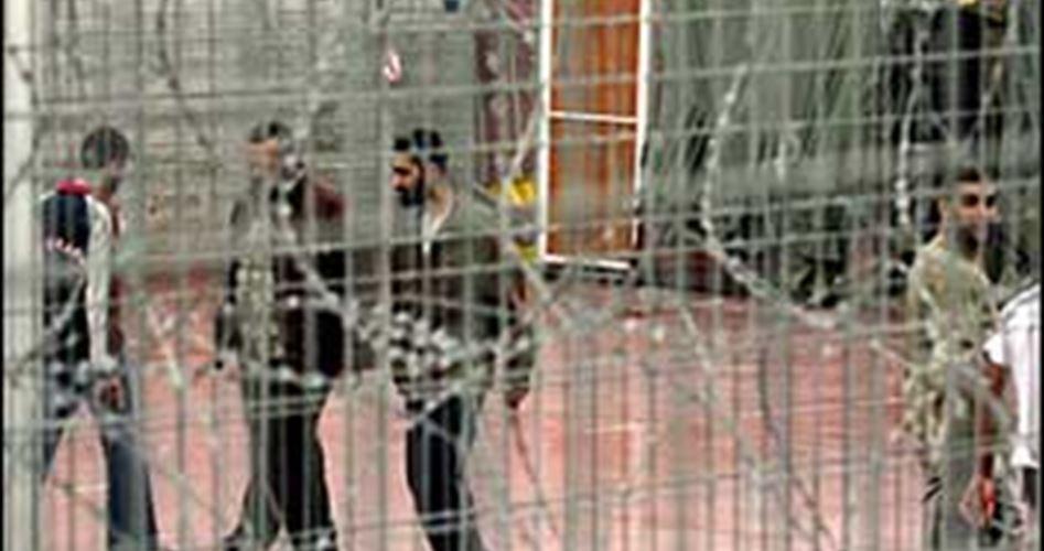Photo of حماية يطالب بالضغط على الاحتلال لاتخاذ تدابير وقائية لحماية الأسرى