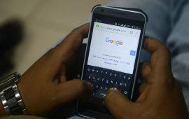 """""""غوغل"""" تطور موقعا إلكترونيا لتحديد الحاجة لفحص كورونا"""