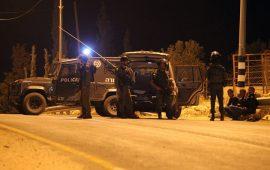 الاحتلال يشن حملة مداهمات واعتداءات بالضفة الغربية