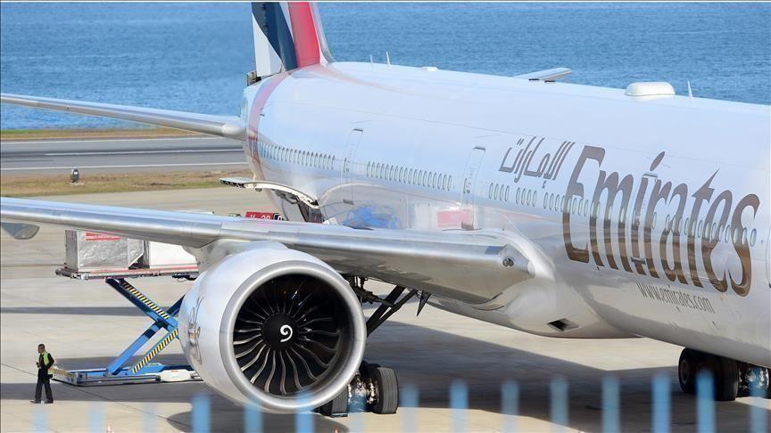 الإمارات.. مطارا دبي وأبوظبي يعلقان رحلات الركاب أسبوعين