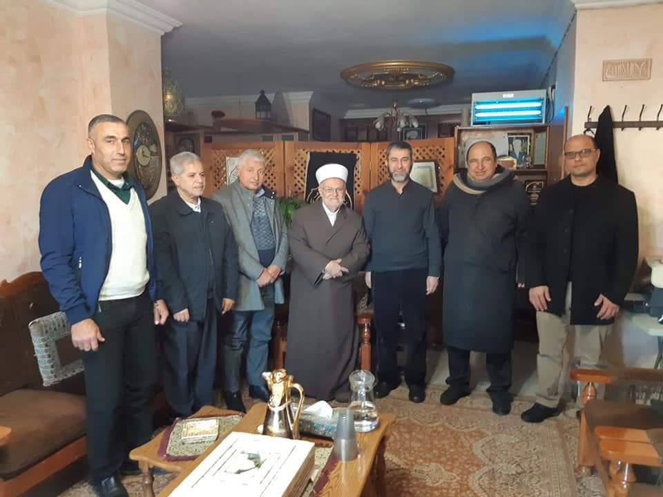 Photo of حزب الوفاء والإصلاح يدين تهديد الاحتلال للشيخ عكرمة صبري ويؤكد على السيّادة الإسلامية للأقصى