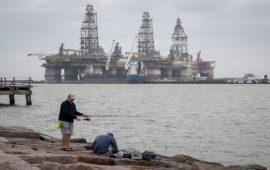 حسابات ترامب في الحرب النفطية بين بوتين وبن سلمان