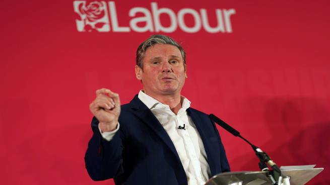 كير ستارمر رئيساً لحزب العمال البريطاني خلفاً لكوربن