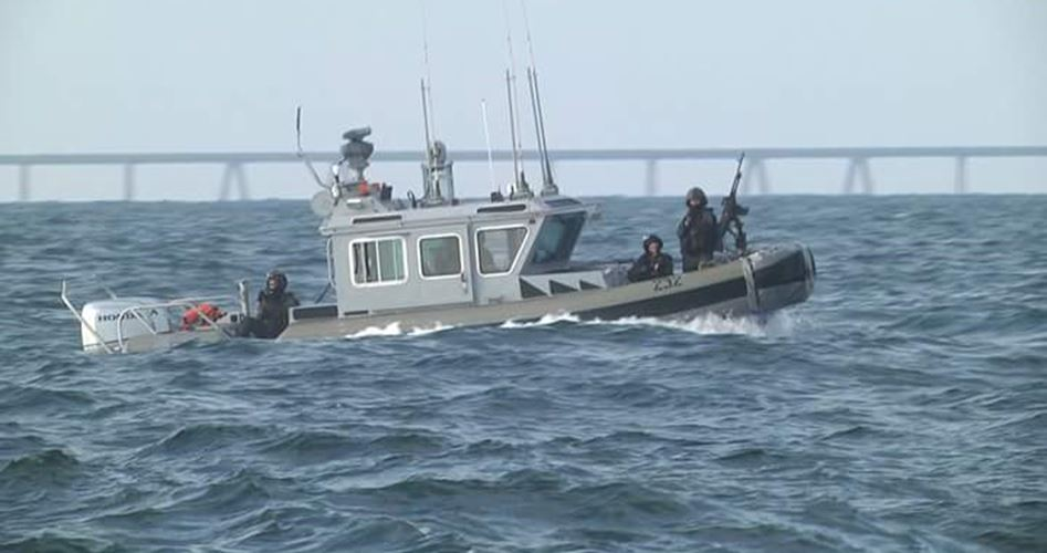 Photo of توغل إسرائيلي محدود واستهداف للصيادين بقطاع غزة