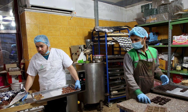 شوكولاتة العيد.. صُنع في غزة