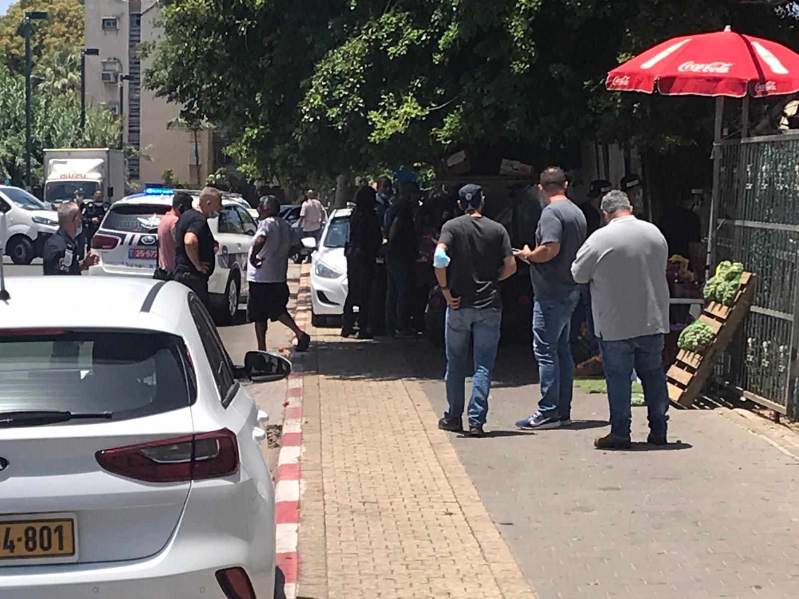 Photo of جريمة إطلاق نار في يافا تسفر عن مقتل شاب وإصابة فتى