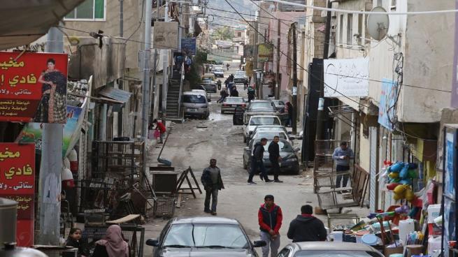 Photo of فيروس كورونا يزيد أعداد اللاجئين الفقراء في الأردن