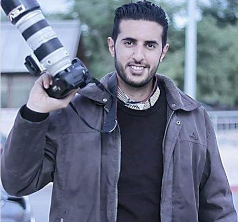 Photo of معتقل منذ عام..الاحتلال يجدد الاعتقال الإداري للصحفي عامر أبو هليل
