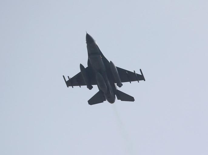 Photo of موقع بريطاني: أنقرة تثبت قدرتها على نشر طائرات إف-16 وطائرات الإنذار المبكر بسرعة وسهولة في ليبيا