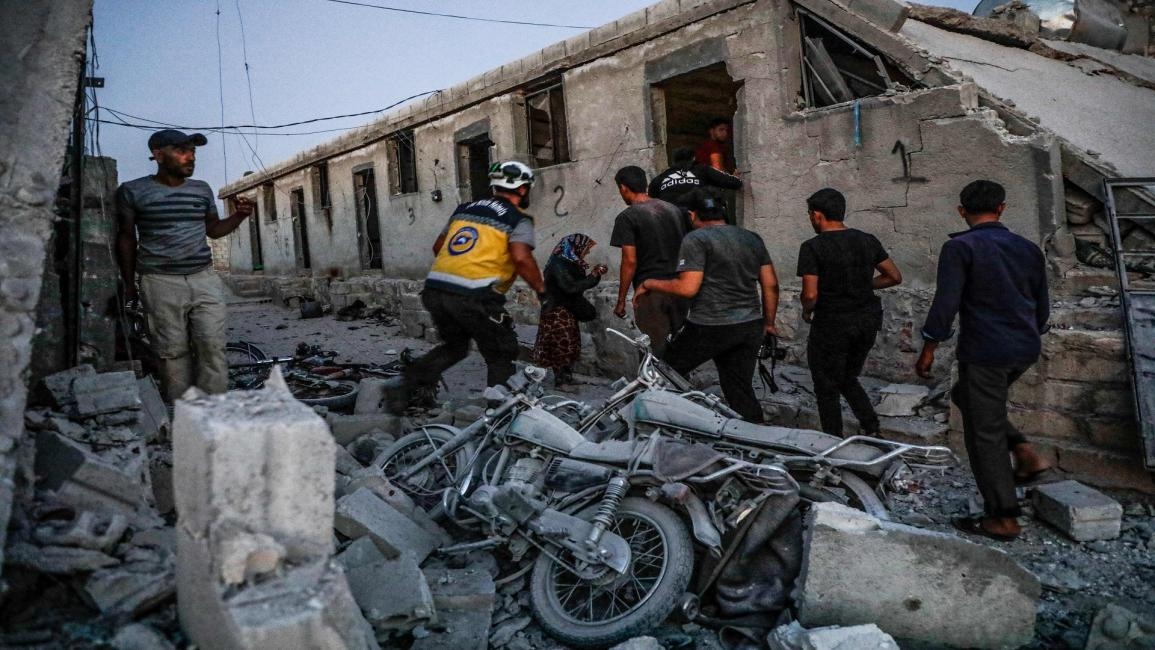 Photo of النظام السوري يقصف إدلب ويحضر لعملية عسكرية في جبل الزاوية