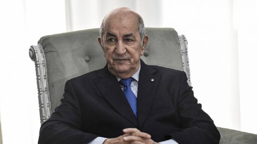 Photo of الرئيس الجزائري: هناك أطراف تريد أن تحمل القبائل الليبية السلاح وهذا سيؤدي إلى صوملة ليبيا