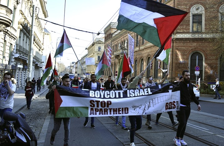 Photo of اعتراف إسرائيلي بفشل مواجهة حركة المقاطعة BDS