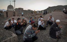 هكذا تستخدم الصين التكنولوجيا لإبادة مسلمي الإيغور