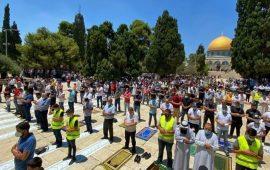 آلاف المصلين أدوا الجمعة في المسجد الأقصى