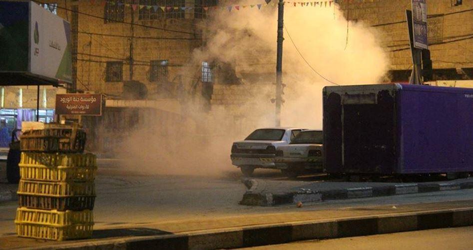 Photo of الاحتلال يعتقل شابا ويصيب العشرات شرق جنين