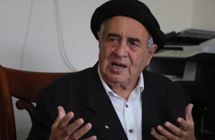 Photo of الأب مسّلَم: القدس تتقيأ المطبعين وتلقيهم بالمزابل