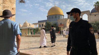 Photo of بعد إغلاق القدس ومنع الوصول للمسجد.. عشرات المستوطنين يقتحمون الأقصى ويؤدون طقوسًا تلمودية