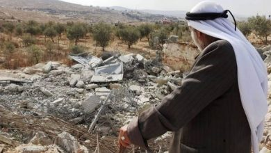 Photo of الاحتلال يهدم منزلًا في صور باهر ويستولي على شاحنات بالعيزرية