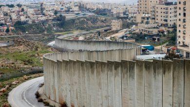 Photo of هل تتآمر الإمارات مع إسرائيل على اللاجئين الفلسطينيين؟