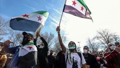 Photo of سوريون: الثورة مستمرة ورهان النظام العسكري فشل