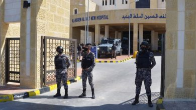 Photo of تظاهرات في الأردن تطالب بإقالة الحكومة بعد فاجعة مستشفى السلط