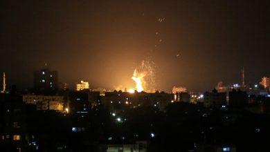 Photo of الاحتلال يشن هجمات في غزة.. ويغلق البحر أمام الصيادين
